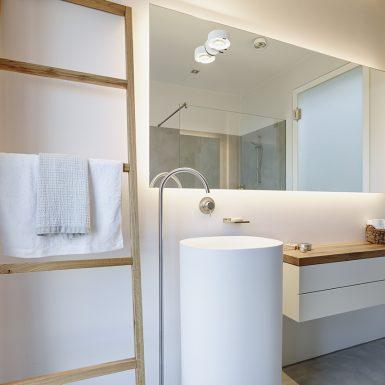 badplanung, bad, waschtisch freistehende, doppelwaschtisch, holz, beton wand, fugenlos, Boden, Wände