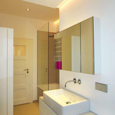 Kleines Bad Unterm Dach Honeyandspice - Lichtplanung badezimmer