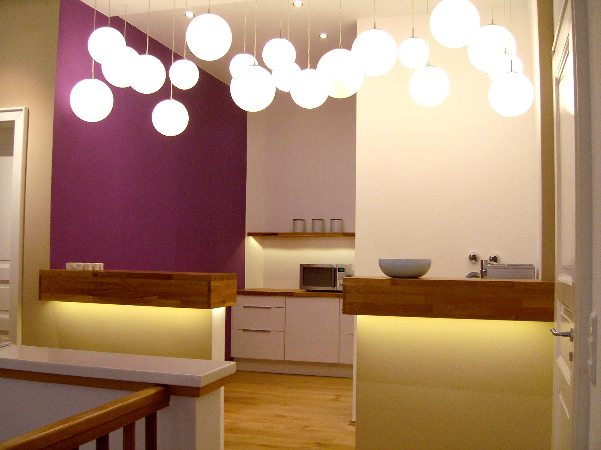 lounge und mitarbeiter k che einer werbeagentur. Black Bedroom Furniture Sets. Home Design Ideas