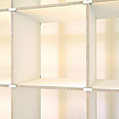 designklassiker, bücherregal, regal, design, bücherregal weiss, bücher, langspielplatten, LP´s, vom designer und innenarchitekt, wird werkzeuglos durch stecken verbunden.